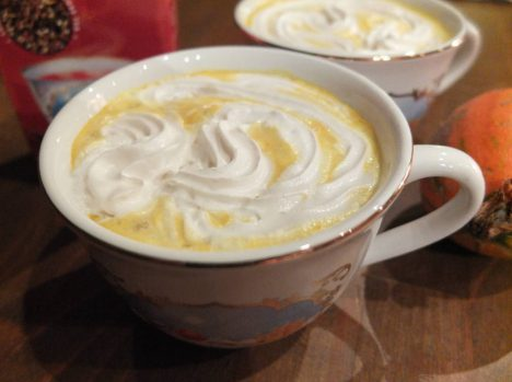 yogi-chai-tea-golden-pumpkin-latte-tasse