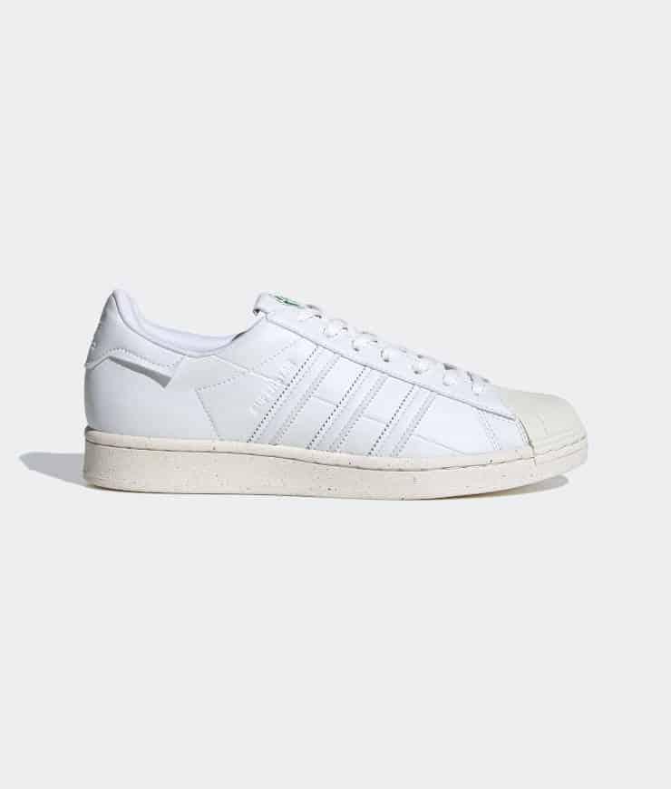 "adidas Originals ""Superstar Vegan"" Sneaker Cloud White / Off White / Green"