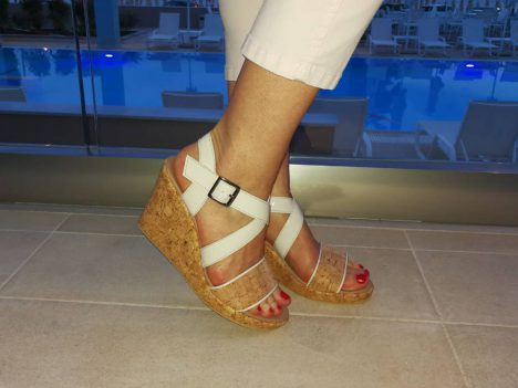 nae-cleo-cork-wedges-vegan-3