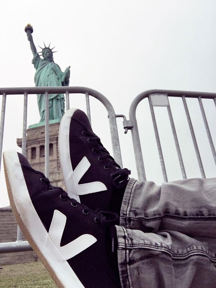 veja-taua-vegan-sneakers